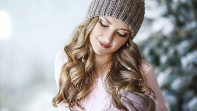 5 Winter Hair Problems – And Tips to Manage Them